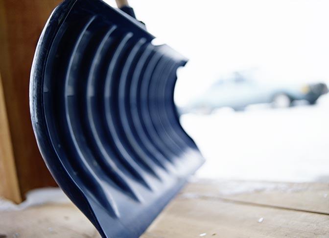 Snow Shovelling Photo